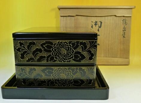 輪島塗御重二段重沈金伝統工芸品共箱 お重箱