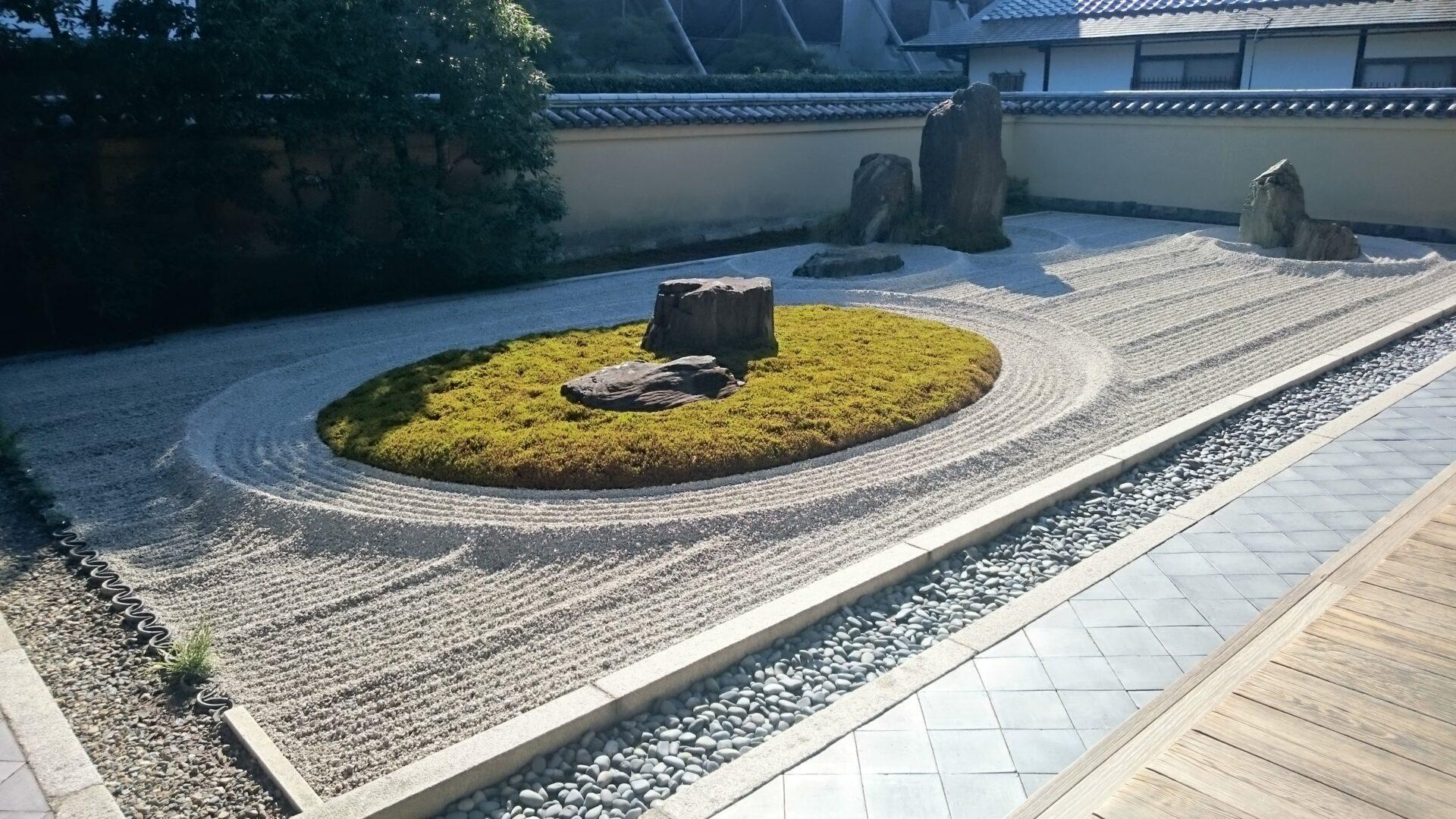 大徳寺のお庭
