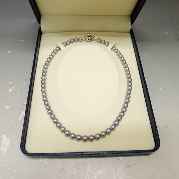 田崎真珠ネックレスの写真