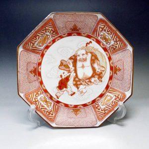 九谷焼 福島武山 赤絵布袋遊戯文 飾皿
